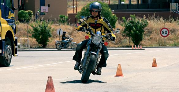 Curso de Conduccion de Motocicleta